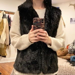 Women's fux fur vest